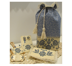 Blue Elegance sewing bag